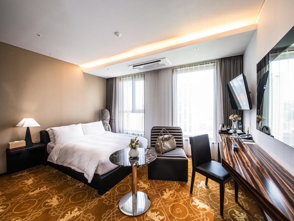 jeju-island-hotels