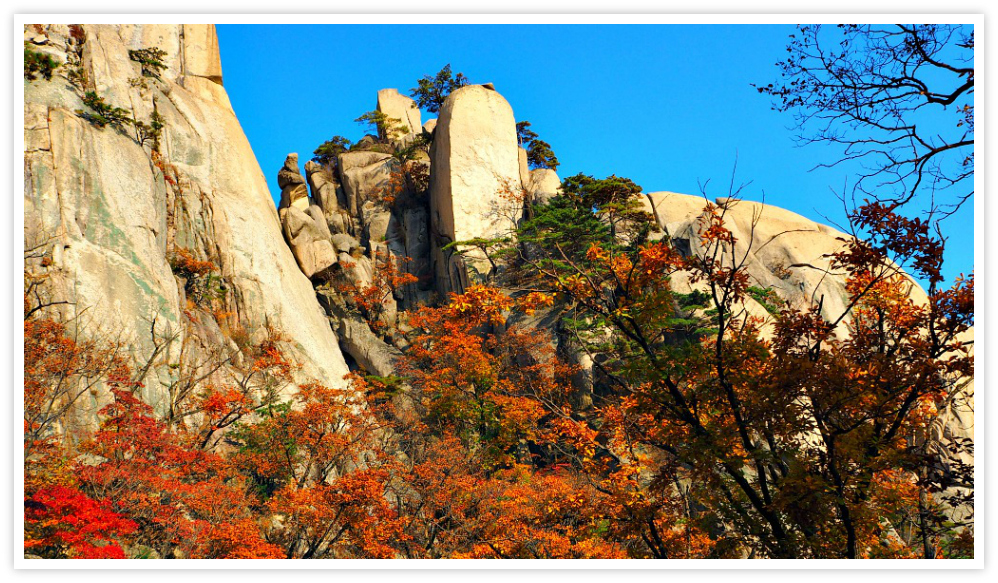 bukhansan-mountain-fall-season