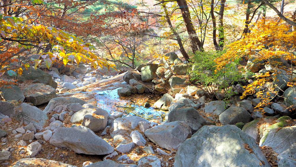 bukhansan-streams