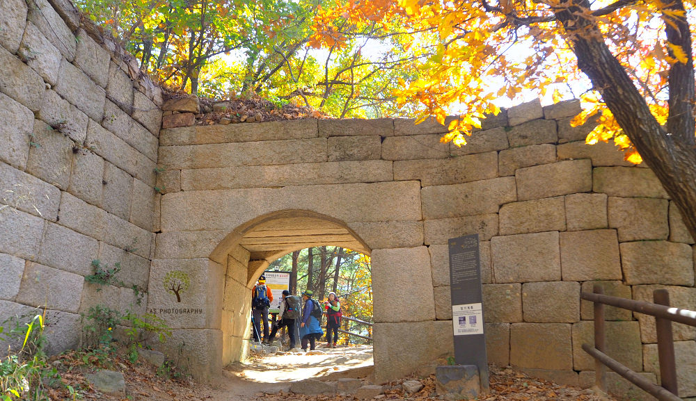 bukhansan-wall-seo-am-mun