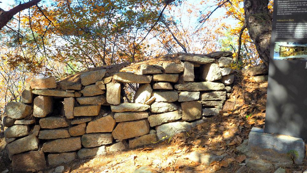 bukhansan-yeojang-wall