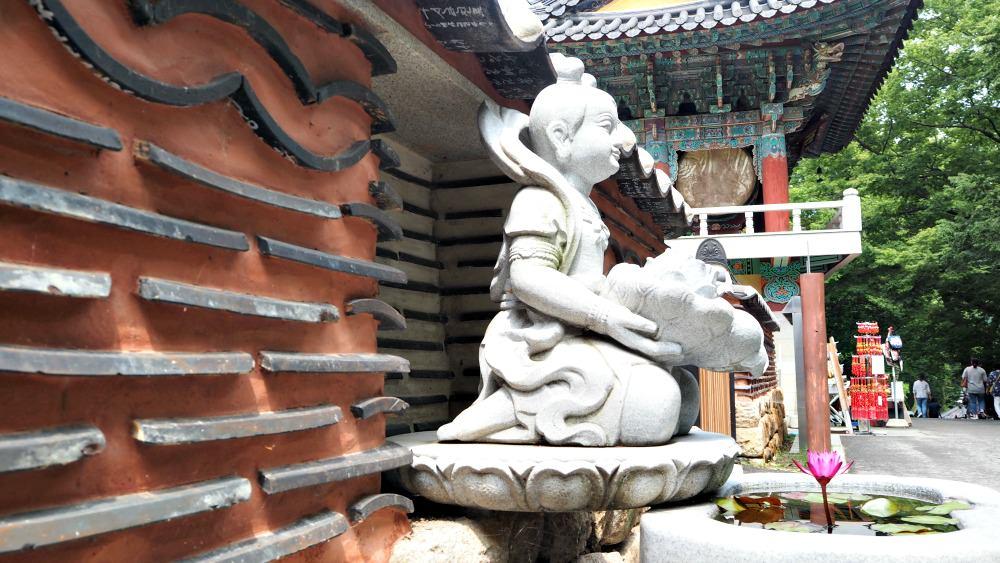donghaksa-temple-chungcheongnamdo