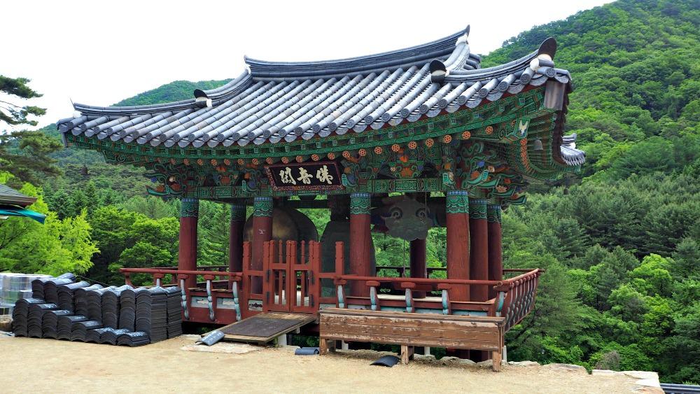 guryongsa-temple-bell-pavilion