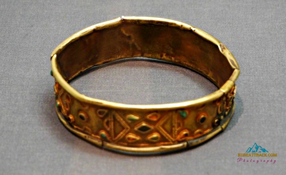 gyeongju-gold-bracelet