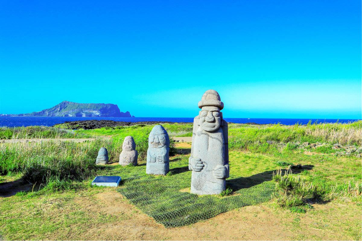 jeju-island-stone-park