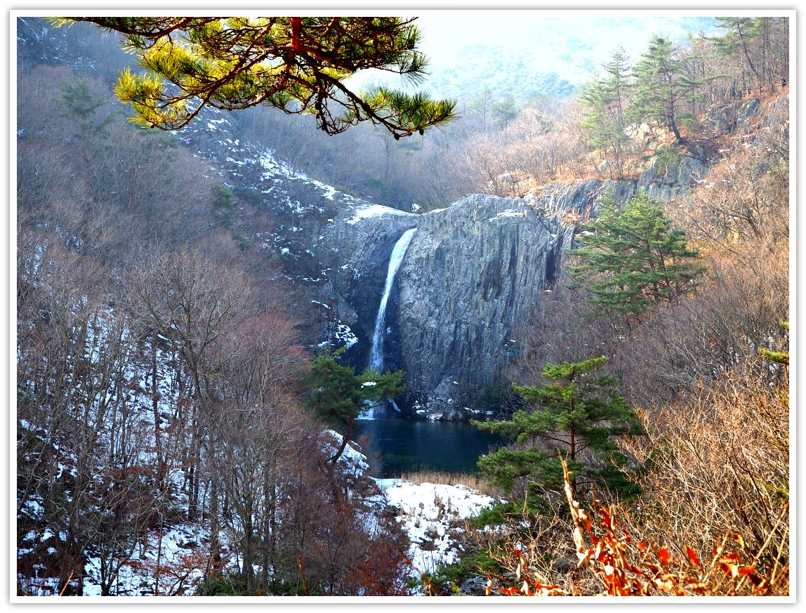 jiksopokpo-waterfall