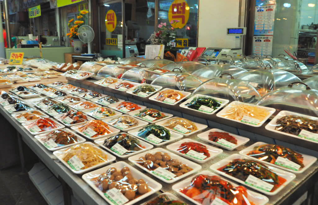 yeongdeungpo-market-side-dishes