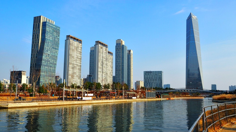 songdo-central-park-canal