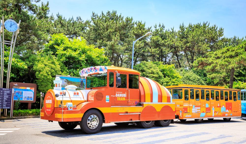 taejongdae-park-danubi-train