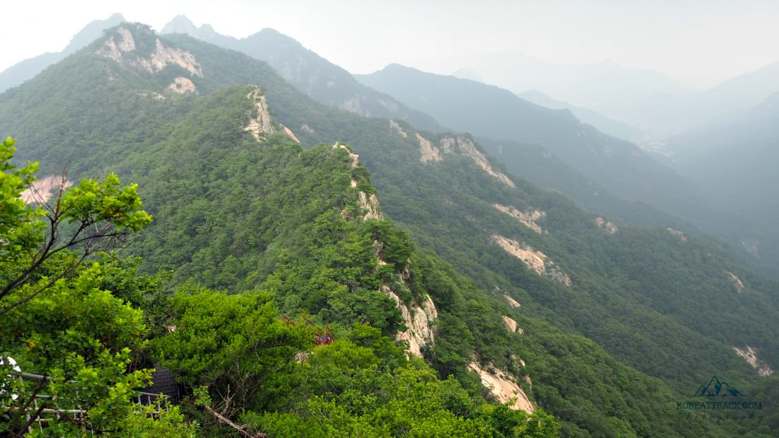 gyeryongsan-national-park-peaks
