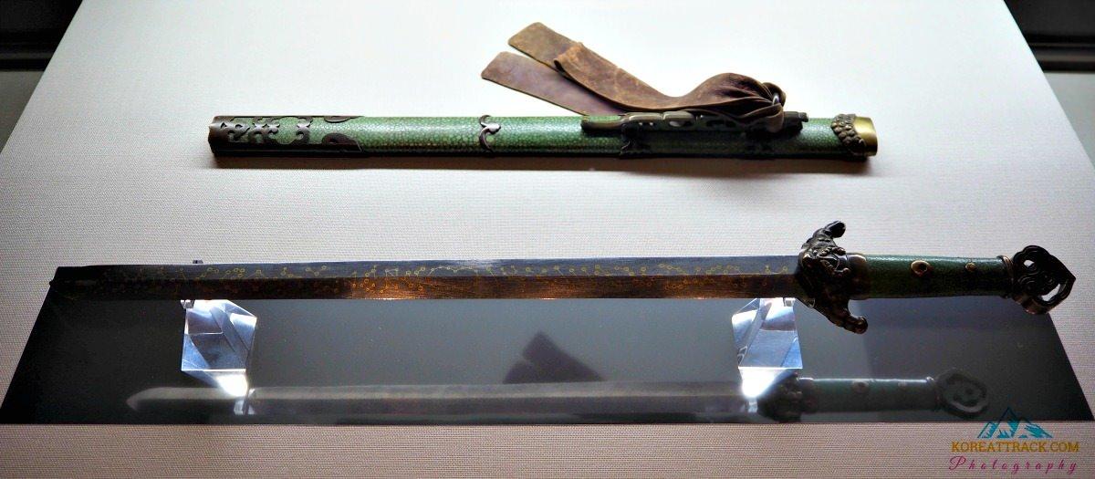 korean-royal-sword