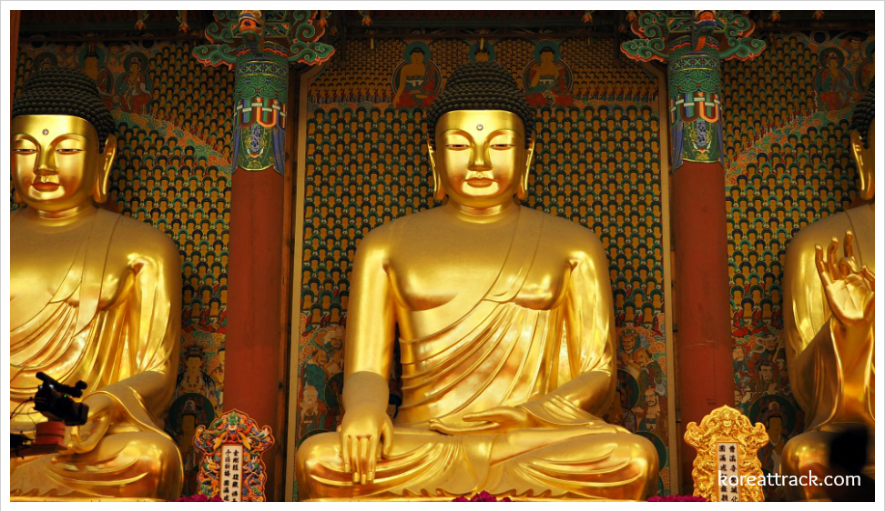jogyesa-temple-daeungjeon-hall