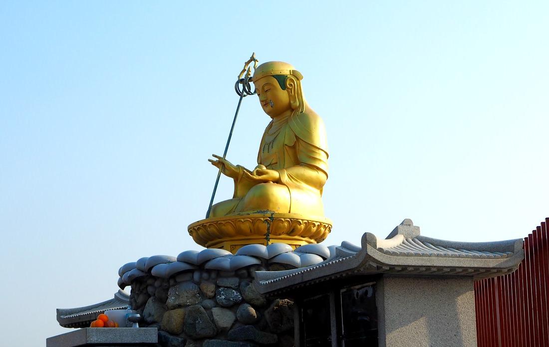 haedong-yonggungsa-temple-buddha