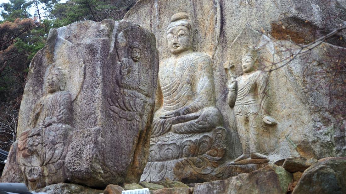 chilbulam-buddha-statues