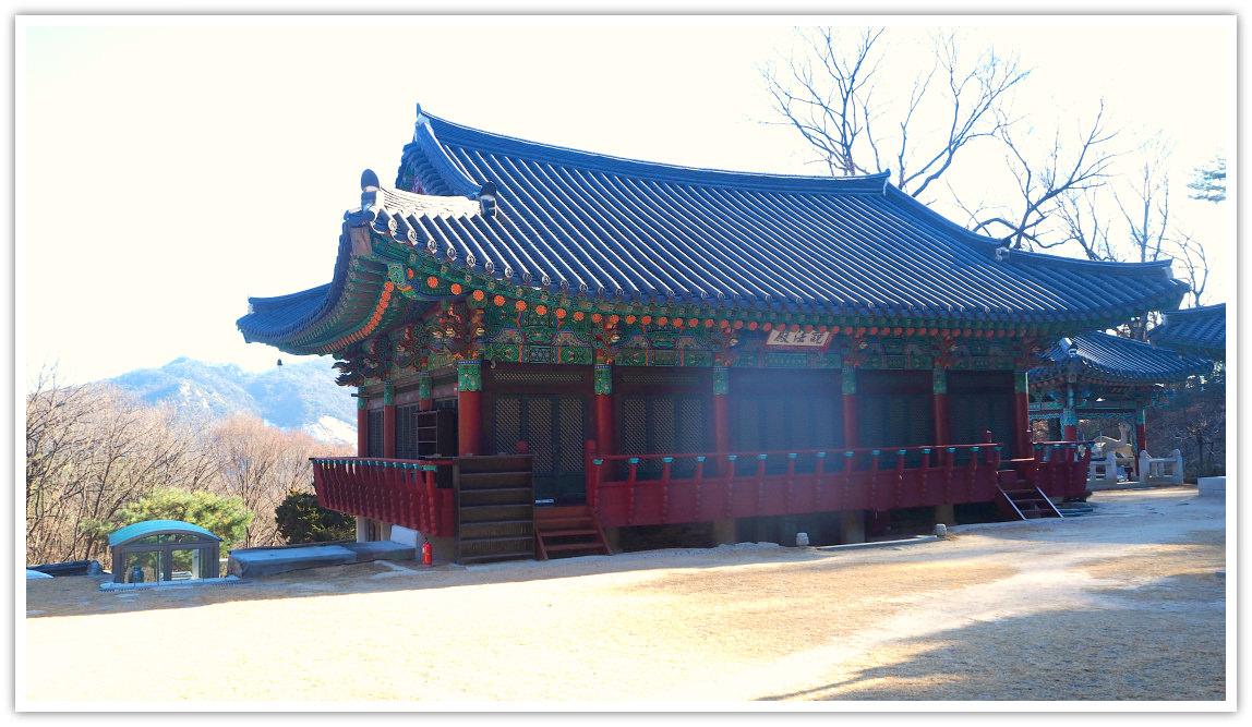 hangnimsa-temple-back-view