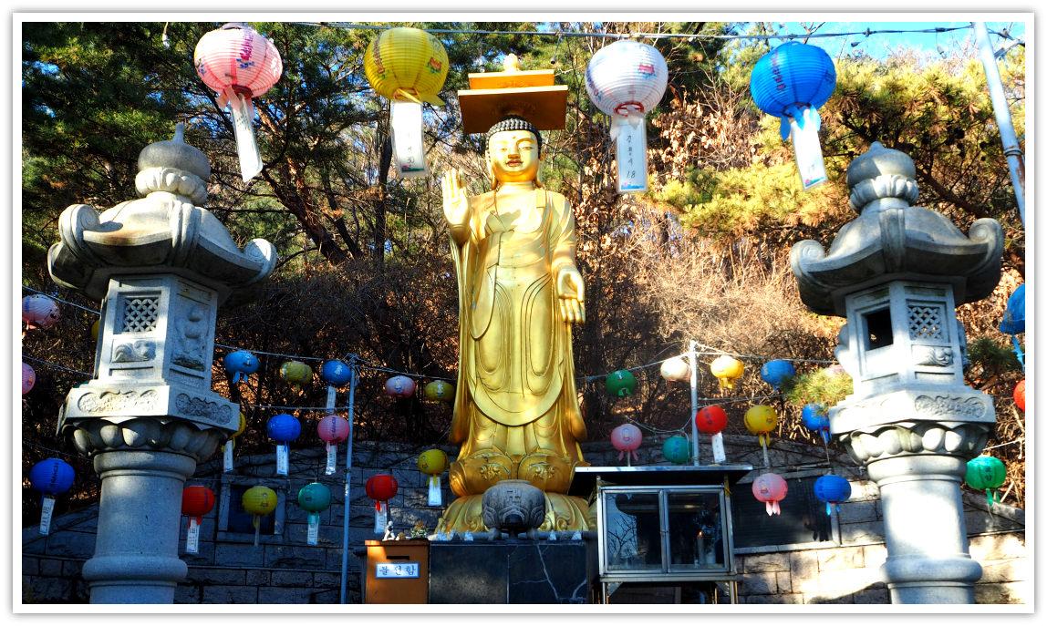 yongguram-temple-buddha