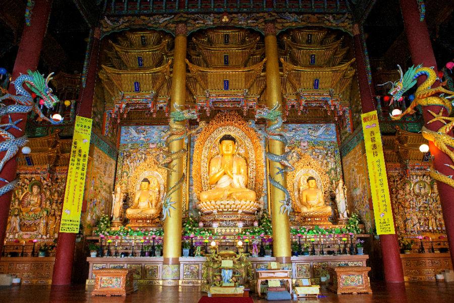 yakcheonsa-temple