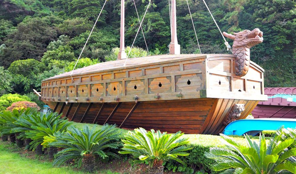 yeosu-turtle-ship
