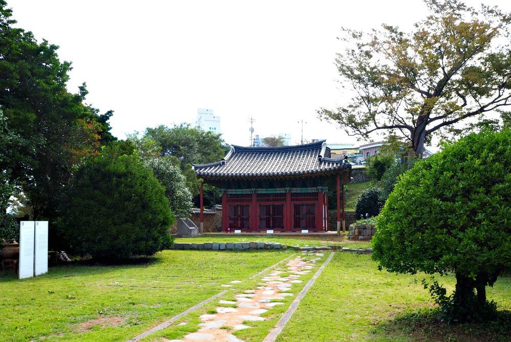 yi-sun-sin-victory-steles