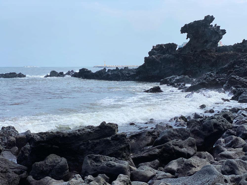 yongduam-dragon-head-rock